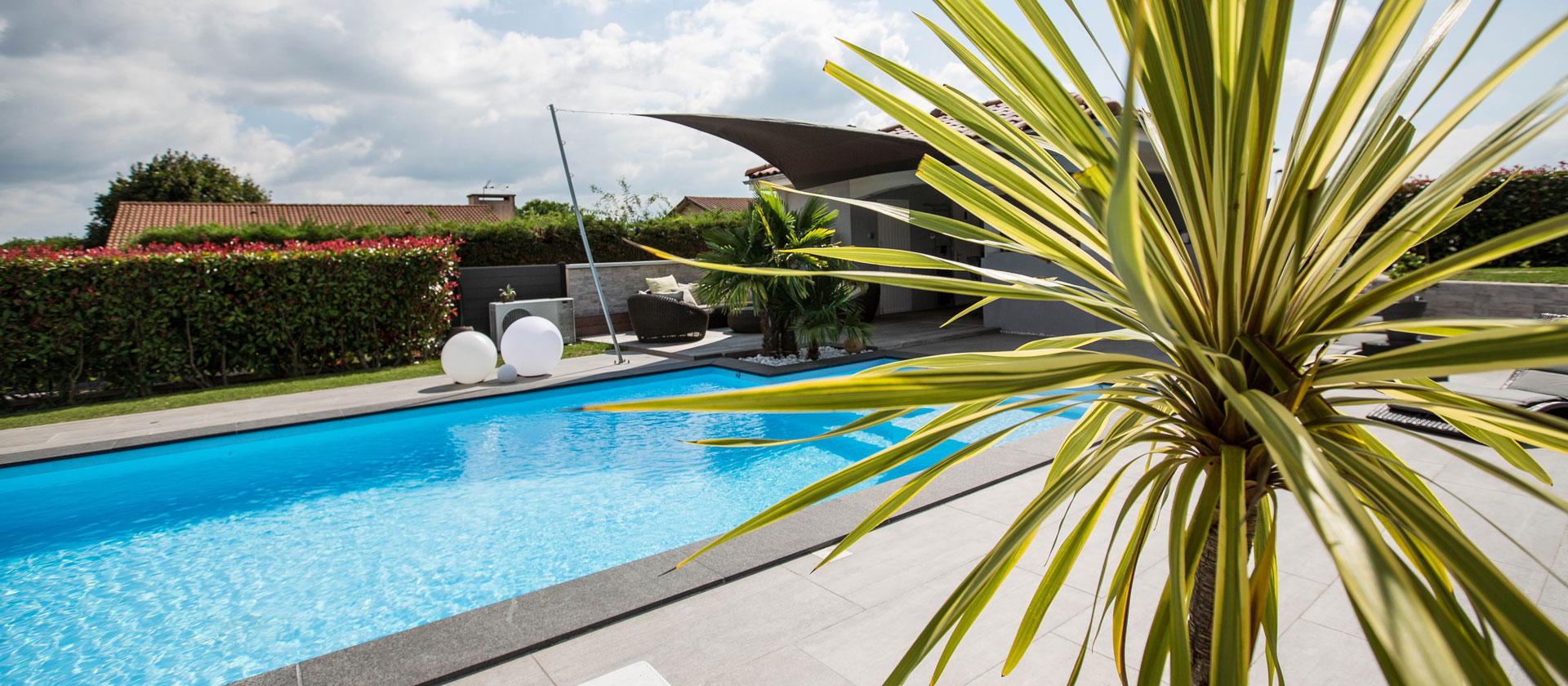 Couleur piscine fabricant piscines et vente d for Piscine fabricant